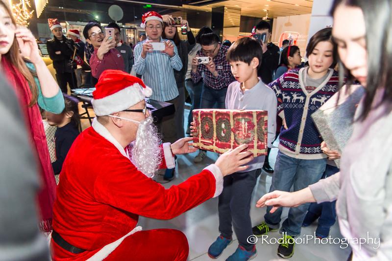 [20161224] MIB Christmas Party 2016 @ inSports, Beijing (147).JPG