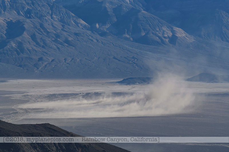 F20181108a082613_0995-paysage-montagnes-tempête de sable-Death Valley.jpg
