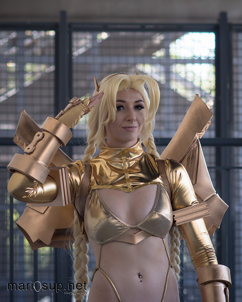 Fanime 2016 - Feisty Vee