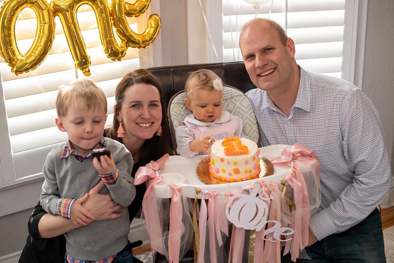 2019-11-30 Maggie's 1st Pirthday Party 067.jpg