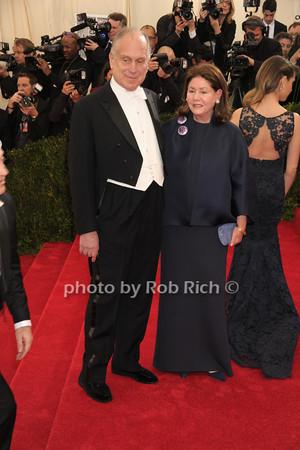 Ronald Lauder and Jo Carole Lauder photo by Rob Rich © 2014 robwayne1@aol.com 516-676-3939