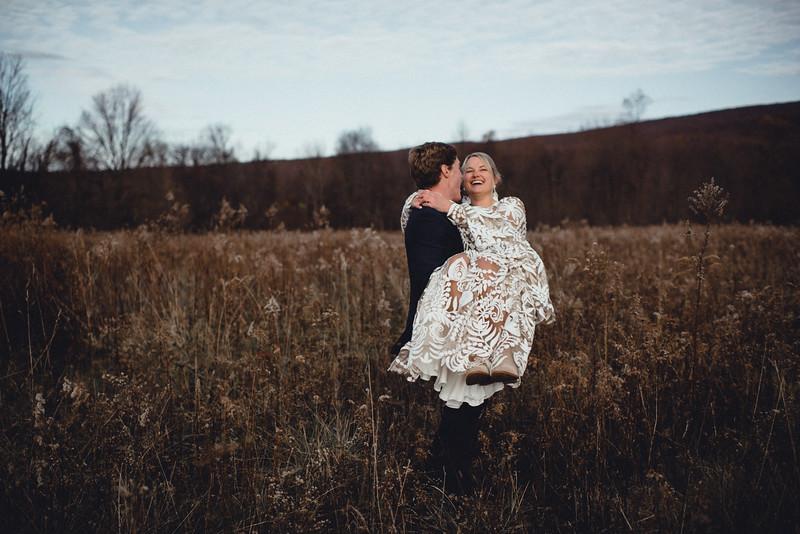 Requiem Images - Luxury Boho Winter Mountain Intimate Wedding - Seven Springs - Laurel Highlands - Blake Holly -911.jpg