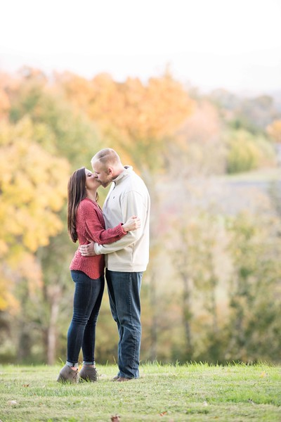 Fall-Engagement-Pictures.jpg