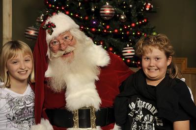 Santa Photos Wed 2:30pm to 3pm