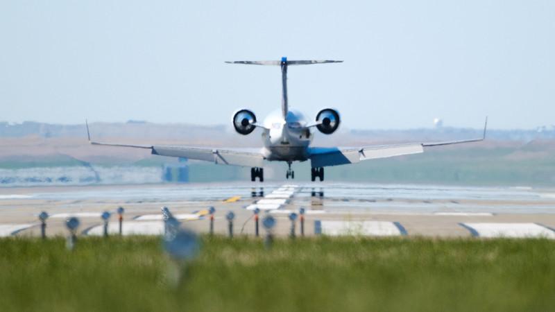 060520-Airfield-plane-175.jpg