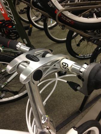Adjustable bicycle stem