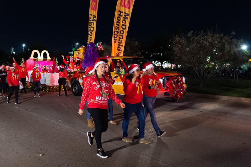 Holiday Lighted Parade_2019_300.jpg