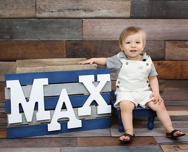 Maxwell Turns one Peeks