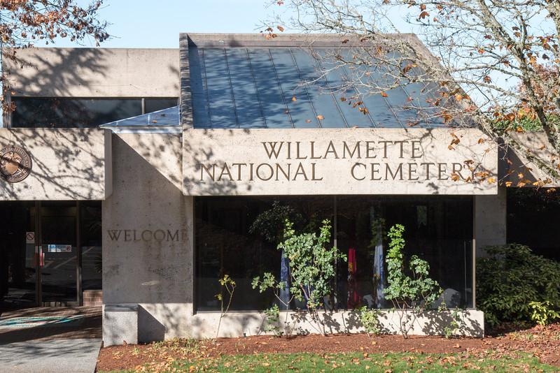 Willamette National Cemetery-25.jpg