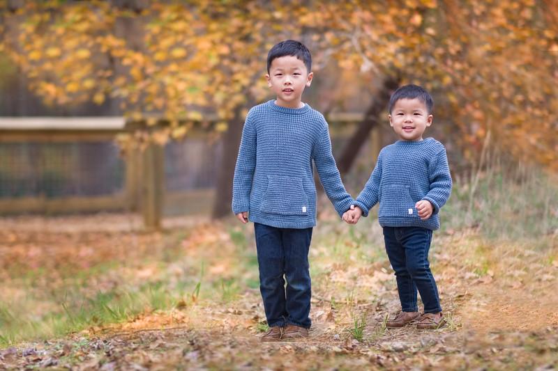 2019_11_29 Family Fall Photos-9484-Edit-Edit.jpg