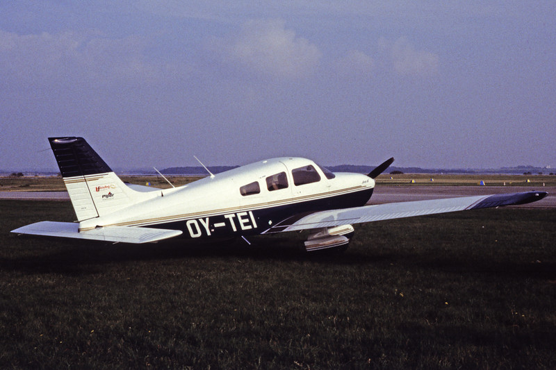 OY-TEI-PiperPA-28-181ArcherIII-Private-EKSB-1997-10-06-EB-22-KBVPCollection.jpg