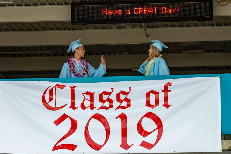 Hillsdale Graduation 2019-10217.jpg
