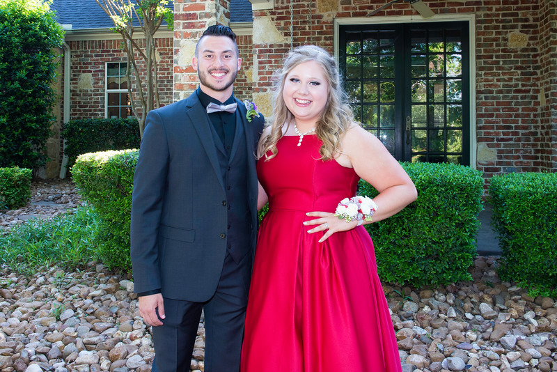 2019-04-27 Legacy Prom Pictures 028.jpg