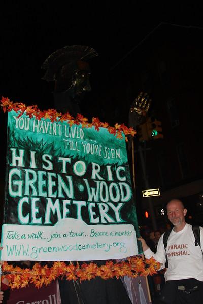 09.10.31 Halloween.PSCC. Paradef-10-27.jpg