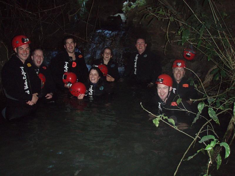 black-water-rafting_1815634724_o.jpg