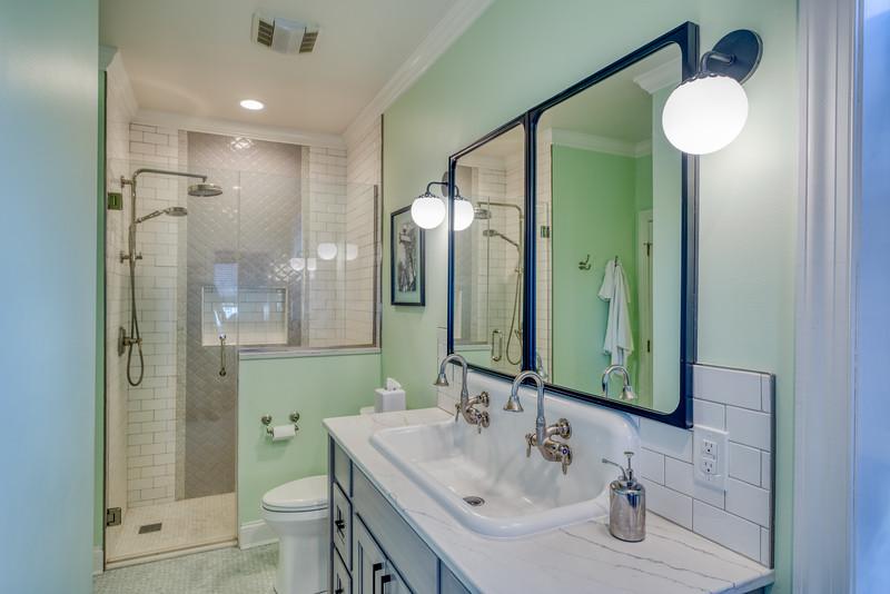 Zeile Bath and Kitchen 2020-6.jpg