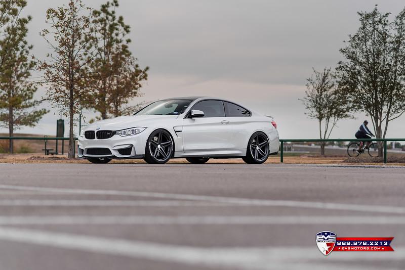 2016 BMW M4 Vossen VFS-5-2.jpg