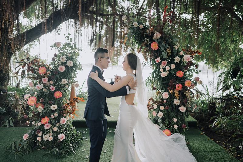 Thao Dien Village intimate wedding.ThaoQuan. Vietnam Wedding Photography_7R36529andrewnguyenwedding.jpg