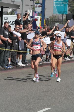 Women at 9.1 mile mark