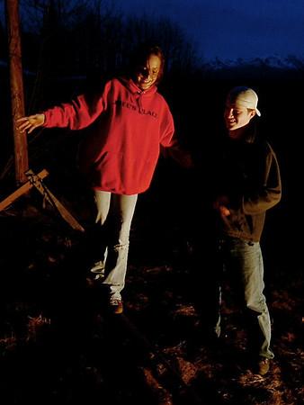 Spotlight Night Slacklining - Wasilla