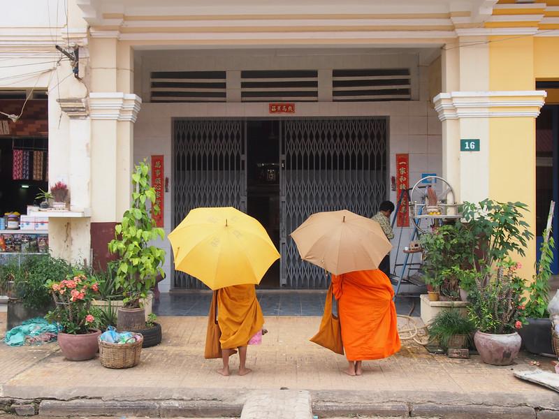 PB153683-little-monks.JPG