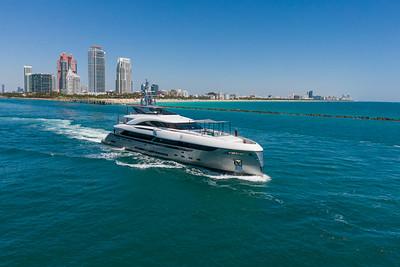 EIV - The Yacht