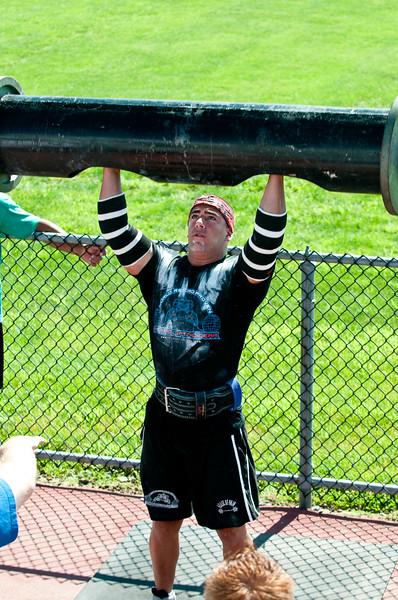 Strongman2009_Competition_DSC1024-1.jpg