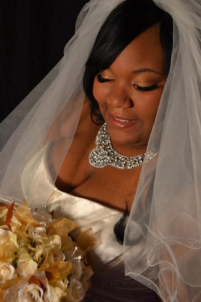 Joi's Bridal