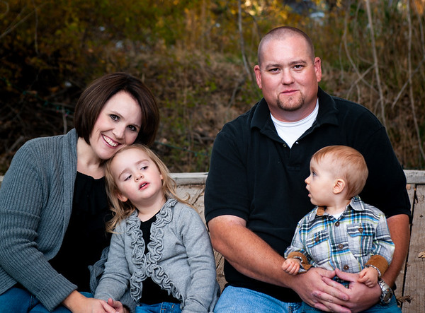 Portraits: Family, Solo, & Groups