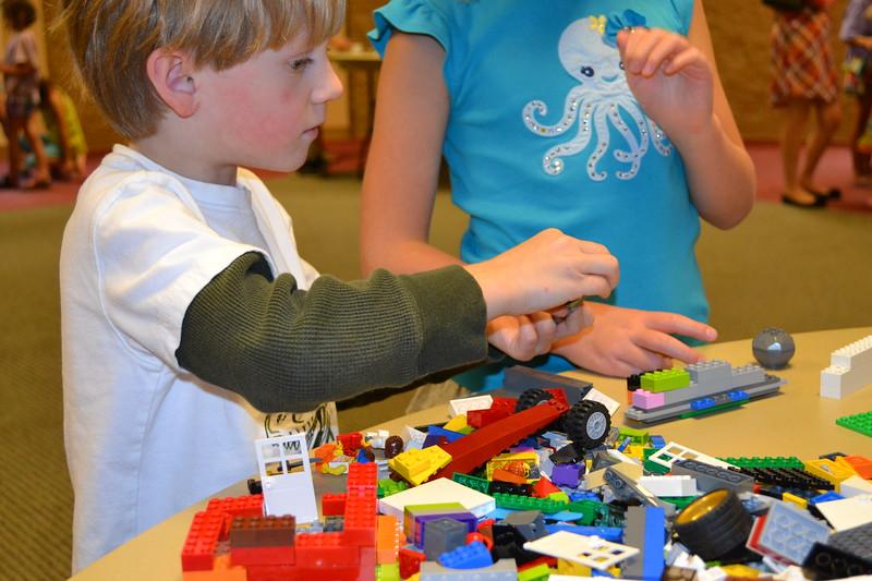 Lego Sculpture Art #3.jpg