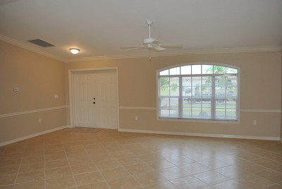 402 SW 43rd St, Cape Coral, FL