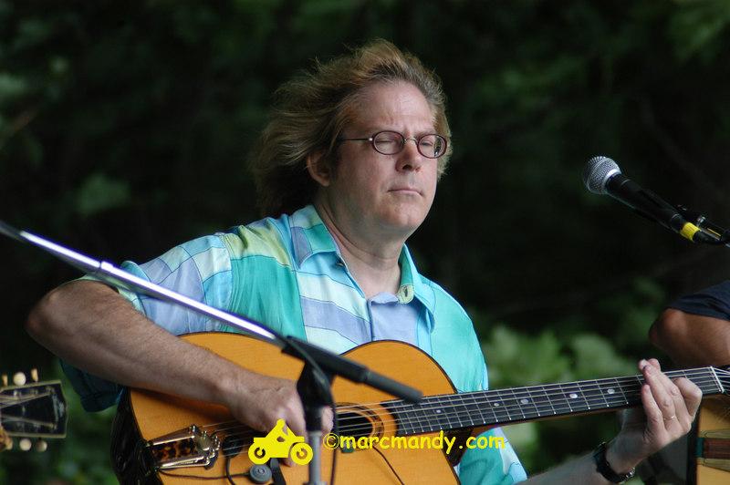 Phila Folk Fest- Sat 8-27 023 Guitar Styles Wkshp.JPG