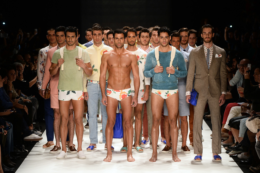. ISTANBUL, TURKEY - OCTOBER 10: Models walk the runway at the Niyazi Erdogan show during Mercedes-Benz Fashion Week Istanbul s/s 2014 Presented By American Express on October 10, 2013 in Istanbul, Turkey.  (Photo by Ian Gavan/Getty Images for IMG)