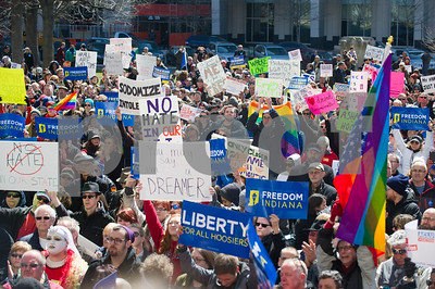 hundreds-rally-against-indiana-religious-freedom-restoration-act