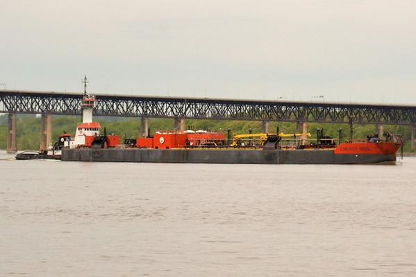 Liberyy Service / Energy 11105 Newburgh Landing 5/10/13 14:37