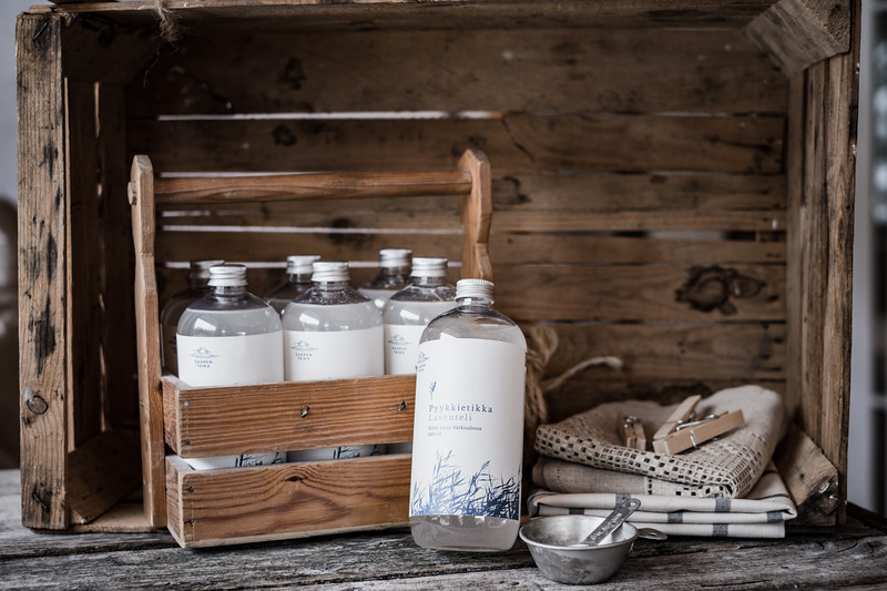Saaren Taika ekologinen pesuaine luonnollinen saippua tyrnivoide vegaaninen kynttilä-1.jpg