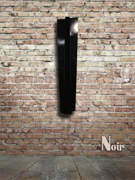 Noir-600.jpg