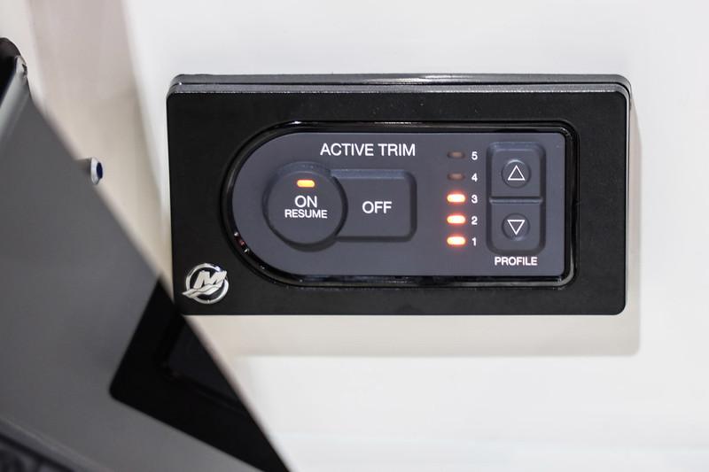 2020-SLX-250-Europe-Active-Trim-1.jpg