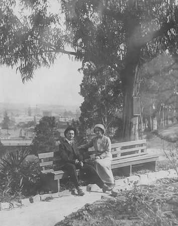 1913, Couple on a Bench