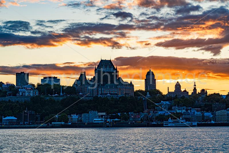 2979 Quebec -sunsetrev1crp1g.jpg