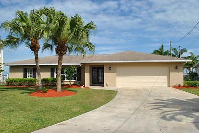 311 Harris Ct, North Fort Myers, FL