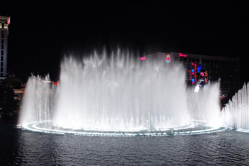 Fountain18.JPG