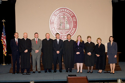 074-1141 MOOT COURT WITH JOHN ROBERTS