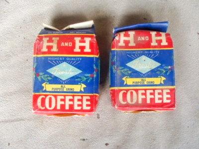 H&H Coffee 1lb Bag 1.jpg