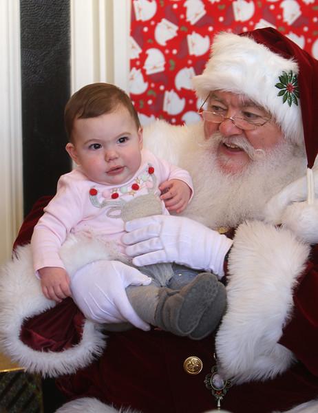 Santa at Lowell Doctors Park 120818