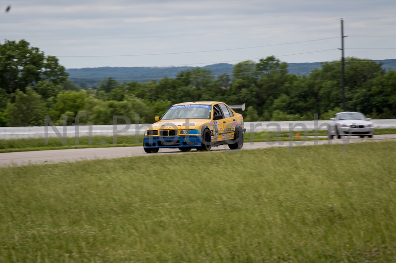 Flat Out Group 2-110.jpg