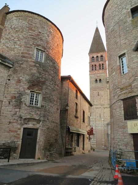 IMG_0971-Tournus-St-Philibert-Abbey-s.JPG
