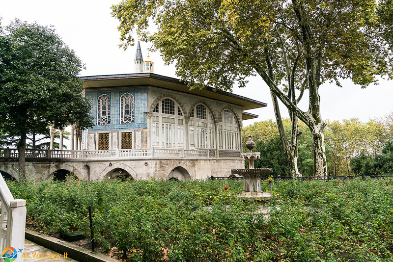 Topkapi-Palace-08481.jpg