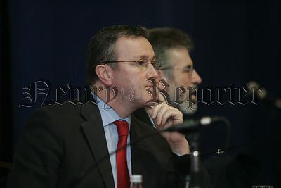 07W4N17 (W) Gerry Adams