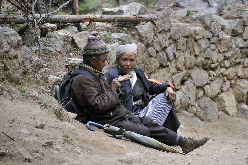 080516 2707 Nepal - Everest Region - 7 days 120 kms trek to 5000 meters _E _I ~R ~L.JPG